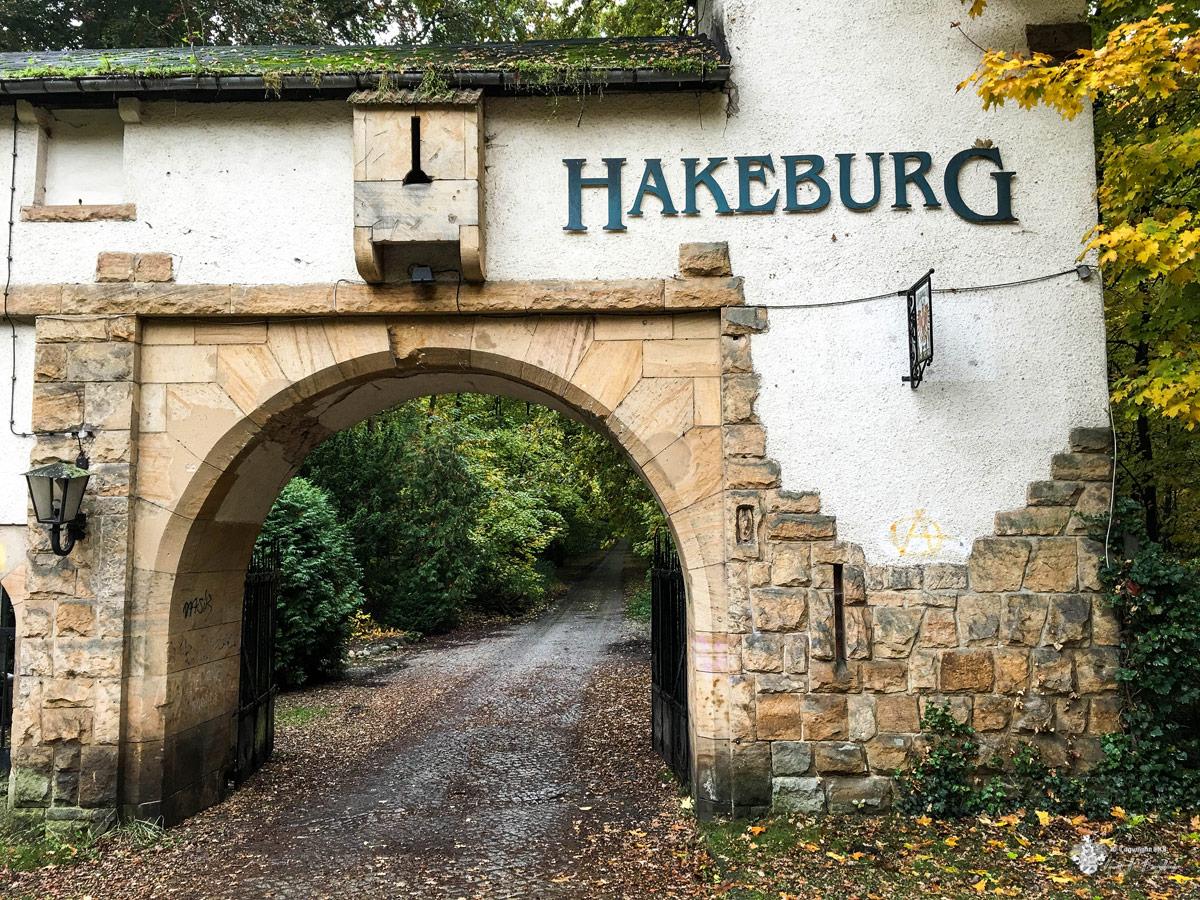 Neue Hakeburg Toreinfahrt